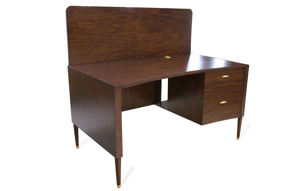 Percy Cluster Desk